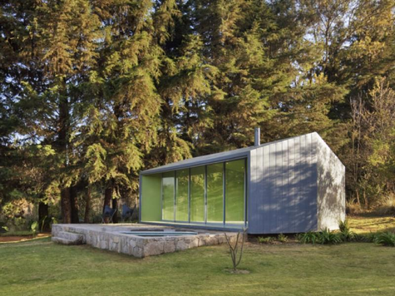 プール付き!縁側スモールハウス「Pavilion in the Woods」