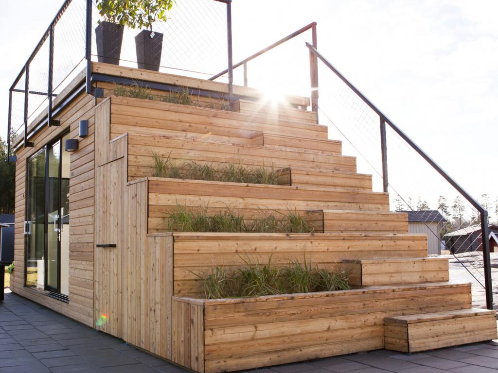 屋上で朝日を眺めながらコーヒーを飲もう!屋上テラス付プレハブハウス「Steps 15」