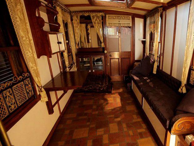 oldest-caravan_02