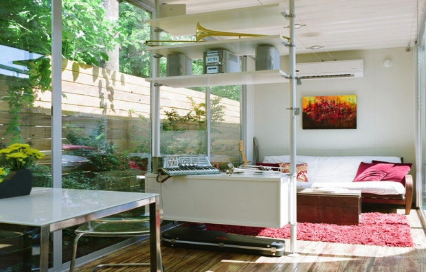 Cordell Container House4