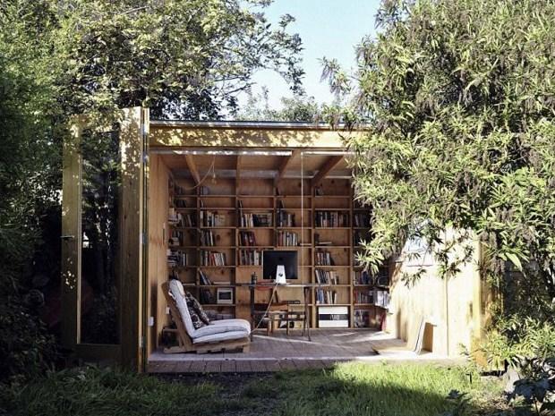 庭と一体化!機能的で温かいフレーバーのガーデンオフィス 「Hackney Shed」