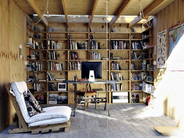 Whimsical-Shed-Work-Space-by-Office-Sian-Architecture-2