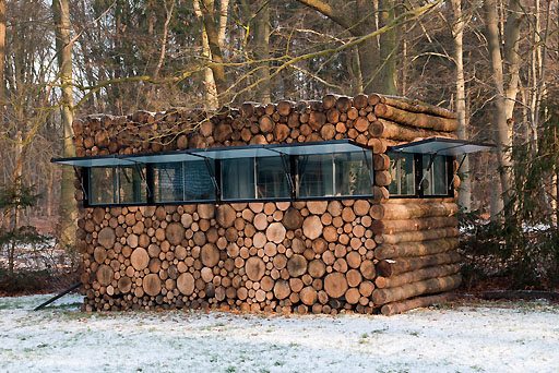 Mobiles Blockhaus-Buero | log house office on wheels