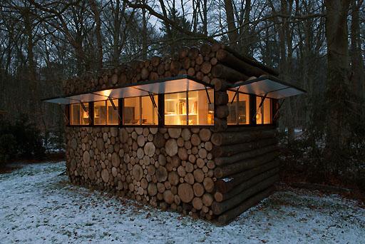 アーティストのための秘密の隠れ家「TREE TRUNK GARDEN HOMES」