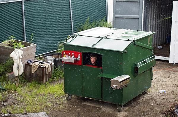 ケ・セラ・セラなら暮らせちゃう!? NY発の世界一愛らしいゴミ箱ハウス