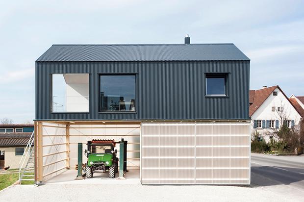 現代風にアレンジされた農家の美学「House Unimog」