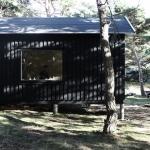 スウェーデンの島で、一夏のエルミタージュ「weekend cabin」