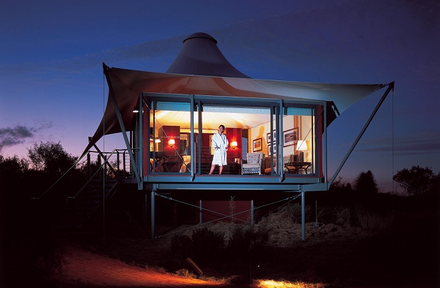 620_405Longitude-131-Safari-Tent-night