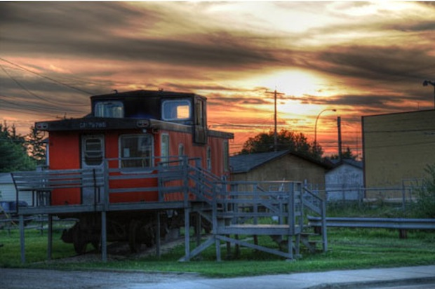 caboose-house-hdr-example (1)2