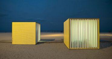 美術遺産の宝庫と呼ばれるバルセロナのモダンな海の家「Beach Modules」