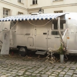 フランスで話題急騰中!トレーラーの中のお洒落なネイルサロン「Le Nail Truck」