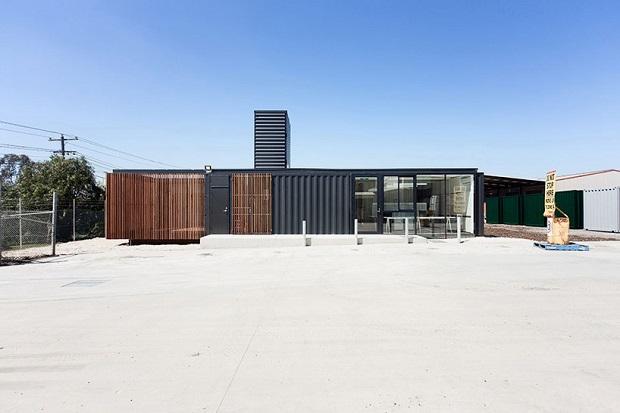 620room-11-royal-wolf-melbourne-headquarters-designboom-02
