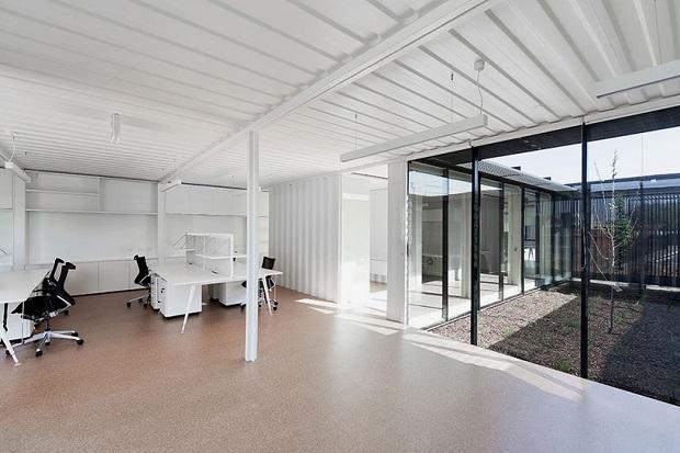 620room-11-royal-wolf-melbourne-headquarters-designboom-10
