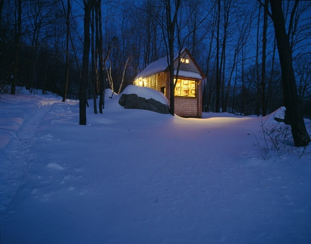 Writing-cabin-02