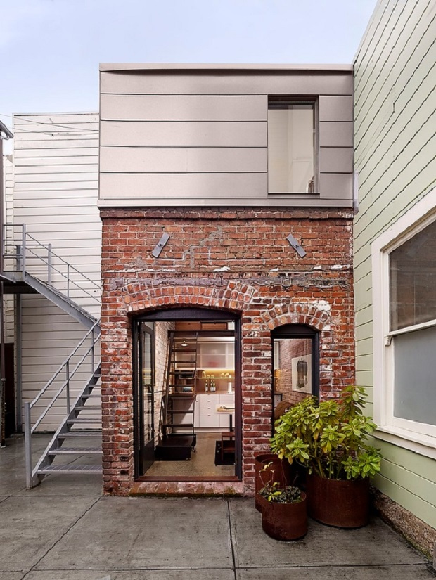 brickhouse−01