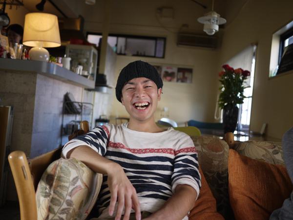 <宮城直士さん プロフィール> 1980年京都生まれ。広告代理店にて様々な企業のプロモーション企画に携わる。2011年8月より、ママと子のファッション&ライフスタイル誌『HugMug』を創刊。 http://p-de.jp http://hugmug.jp