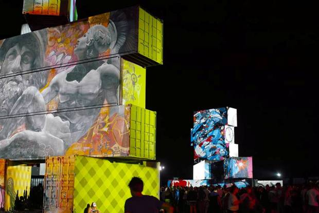 夏フェスの夜、グラフィティの熱い輝き。「Rock Werchter North West Walls」