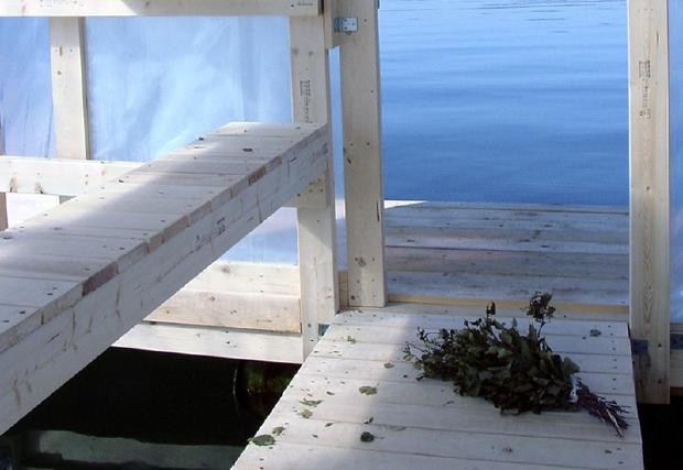 2002_Floating Sauna_04
