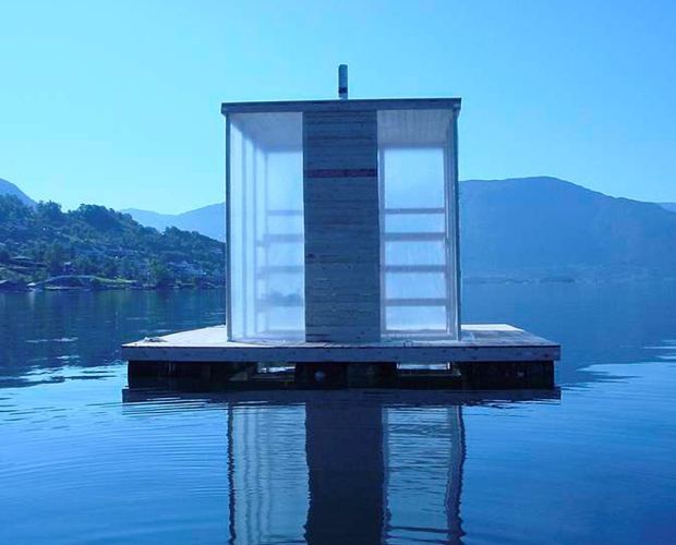 フィヨルドに浮く、フィンランドサウナ「Floating Sauna」