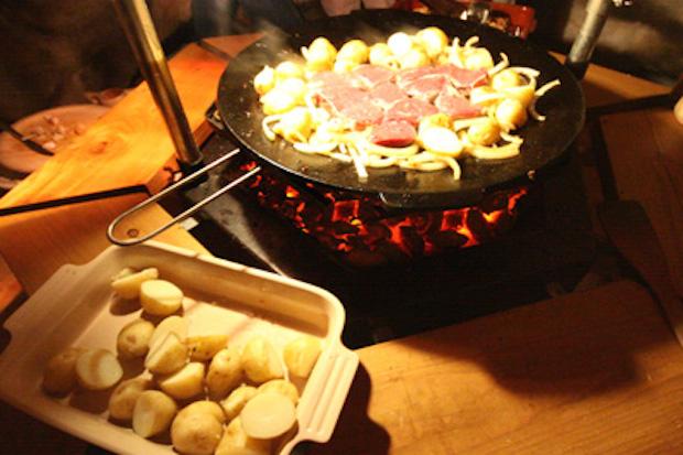 bbq-huts-food