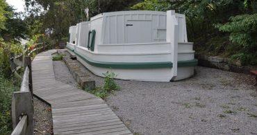 役割を終えた船を住居に!オハイオ州ロスコーヴィレッジの「カナルボートハウス」