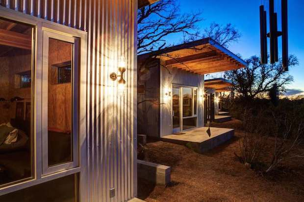 matt-garcia-design-llano-exit-strategy-exterior6-via-smallhousebliss