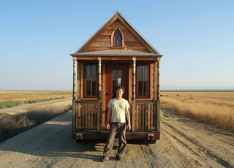 【特集コラム】第1回:小さな家でシンプルに無駄なく生きる。|小さな家で豊かに暮らす、タイニーハウスムーブメントを紐解く