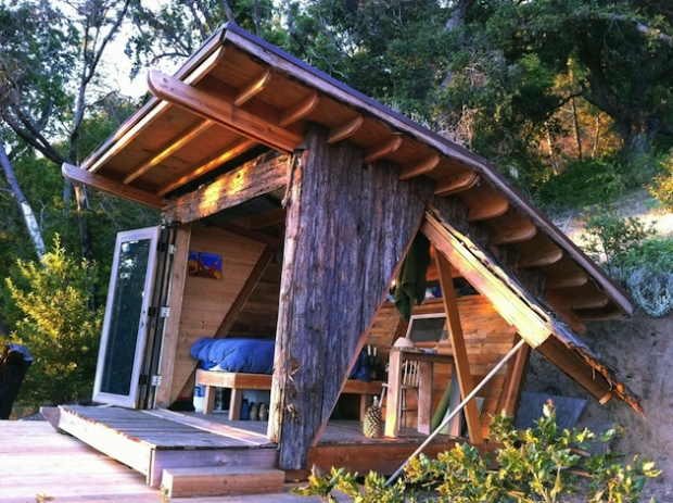 90-Square-Foot-Timber-Home-in-Big-Sur-1
