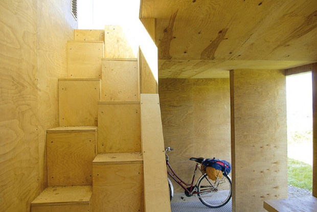 Grunnfor-bicycle-shelter-by-70°N-arkitektur-08-600x398