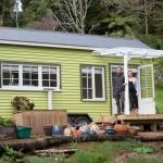 ニュージーランドの若きカップルに見る、新しい住宅すごろくのカタチ「Building A House by Shaye and Tom」