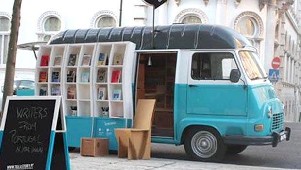あなたの物語を教えてください。移動する本屋さん 「Tell a Story」