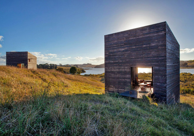 Twin-Cabins-Eyrie-by-Cheshire-Architects-7-728x513