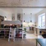 「新しい」と「古い」のコントラストが目を惹く住まい「hb6b studio in stockholm」