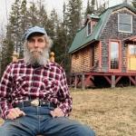 必要なものはここにある、大富豪バートが小さな家を選ぶ理由「Tiny House of Burt's Bees」