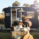 自分の素敵!を広げたい、旅する小商いアンティークショップ「Vintage Shop Caravan」