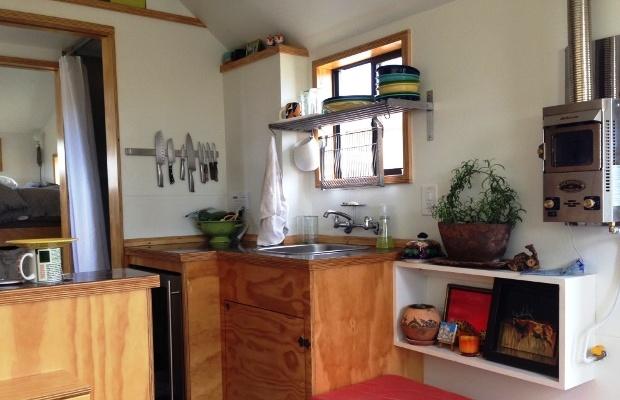 clothesline-tiny-homes-tub02