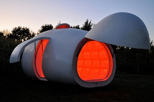 Egg-like-Structure-Mobile-Unit-8