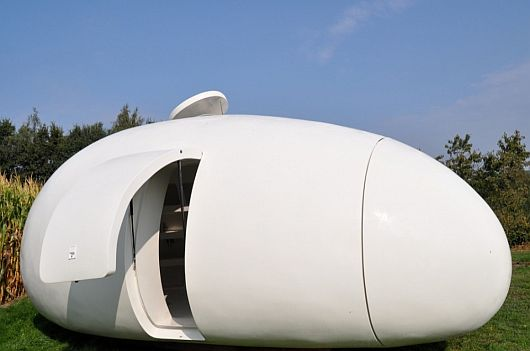 Egg-like-Structure-Mobile-Unit