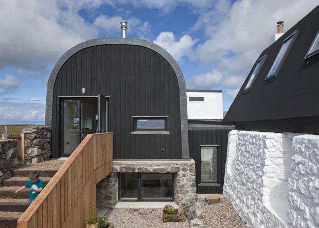 House-No.7-by-Denizen-Works_dezeen_ss_6