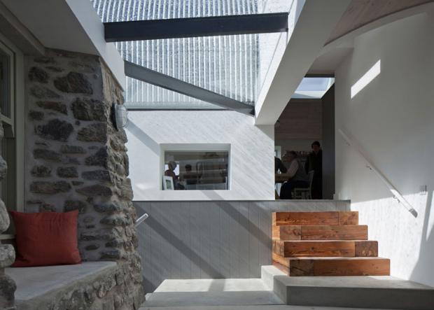 House-No.7-by-Denizen-Works_dezeen_ss_8