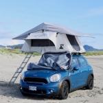 それは移動する秘密基地、車の上に張るテント「LETENT」