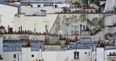 彼は屋根に何を見る?「Paris roof Tops」