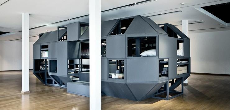 職場に隠れ家を「ワーキングスペースモジュールシステム」