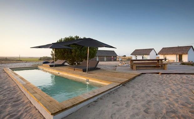 自然に親しむための設計と思想を持つホテル「Casas na Areia」