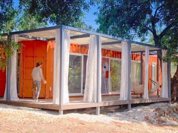 輸送用コンテナから生まれる、ノマド(遊牧民)的滞在の楽しみ「NOMAD LIVING, A CONTAINER GUEST HOUSE」