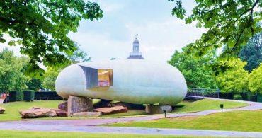 作家の物語から連想した、巨大な張り子の貝殻「Serpentine Pavilion 2014」