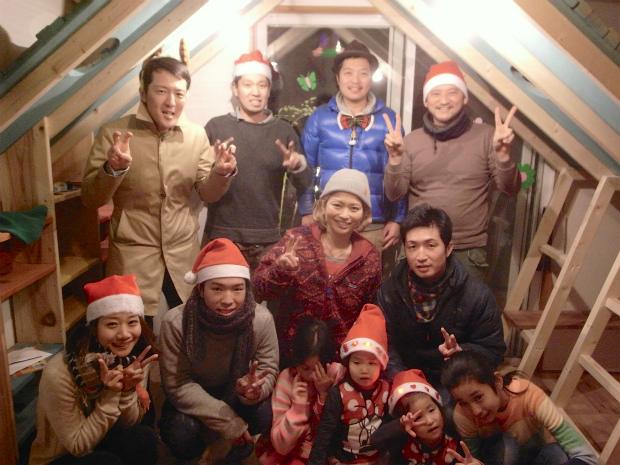 """YADOKARI×SuMiKa 小屋キャンペーン第2弾  サンタが作る""""子どもの秘密基地"""""""