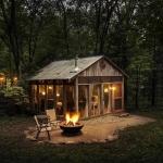 ガラスで囲まれた空間、森との一体感が体験できる家「The glass house」