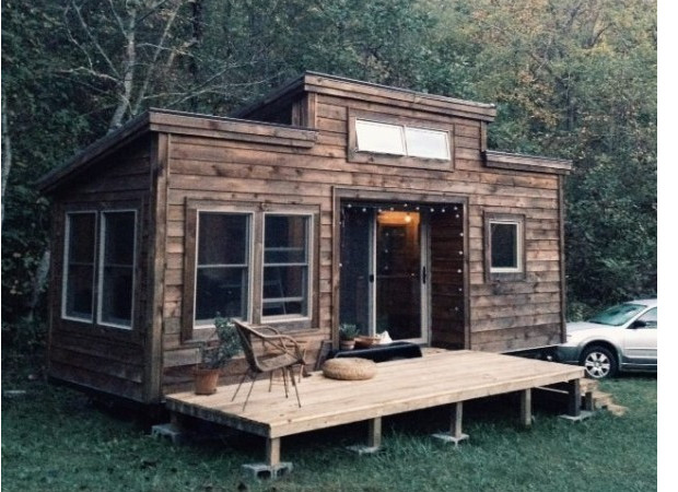 natalies-the-villager-tiny-house-002-600x599