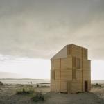 ボックスを組み合わせて建てる、移動可能なシェルターキャビン「Nomadic Shelter by SALT Siida Workshop」